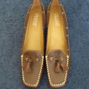 Franco Sarto Kitten Heel shoes